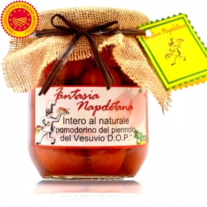 "Tomato Piennolo of Vesuvius DOP in ""Full Al Natural"""