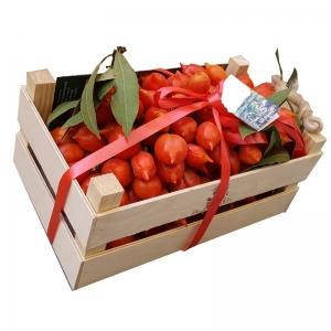 Vesuvio Piennolo tomate envasado en madera