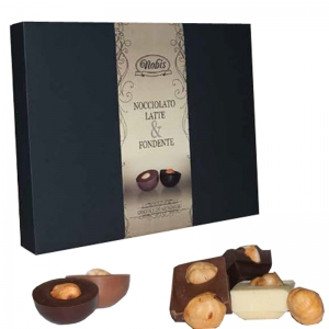 Milk chocolates stuffed with hazelnut
